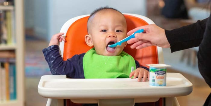 How To Know When Your Baby Is Done Eating | Stonyfield