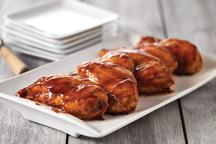 How to bake boneless chicken breast with barbecue sauce