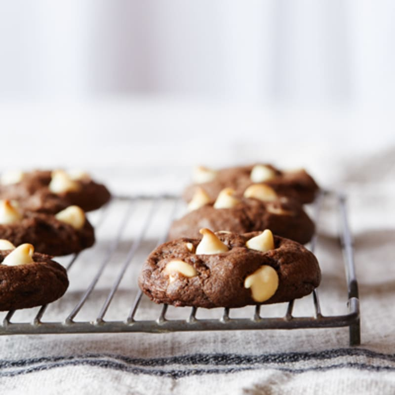 White Chip Chocolate Cookies| NESTLÉ® Very Best Baking