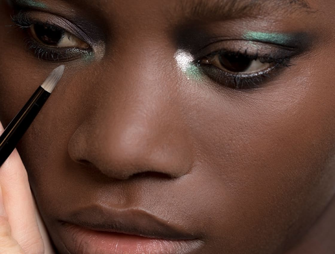 How To Apply A Cat Eye For Your Eye Shape Makeup